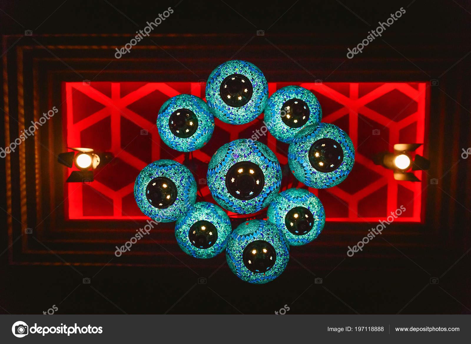 Lampen Oosterse Stijl : Mooie blauwe lamp oosterse stijl hangen aan het plafond decoratie