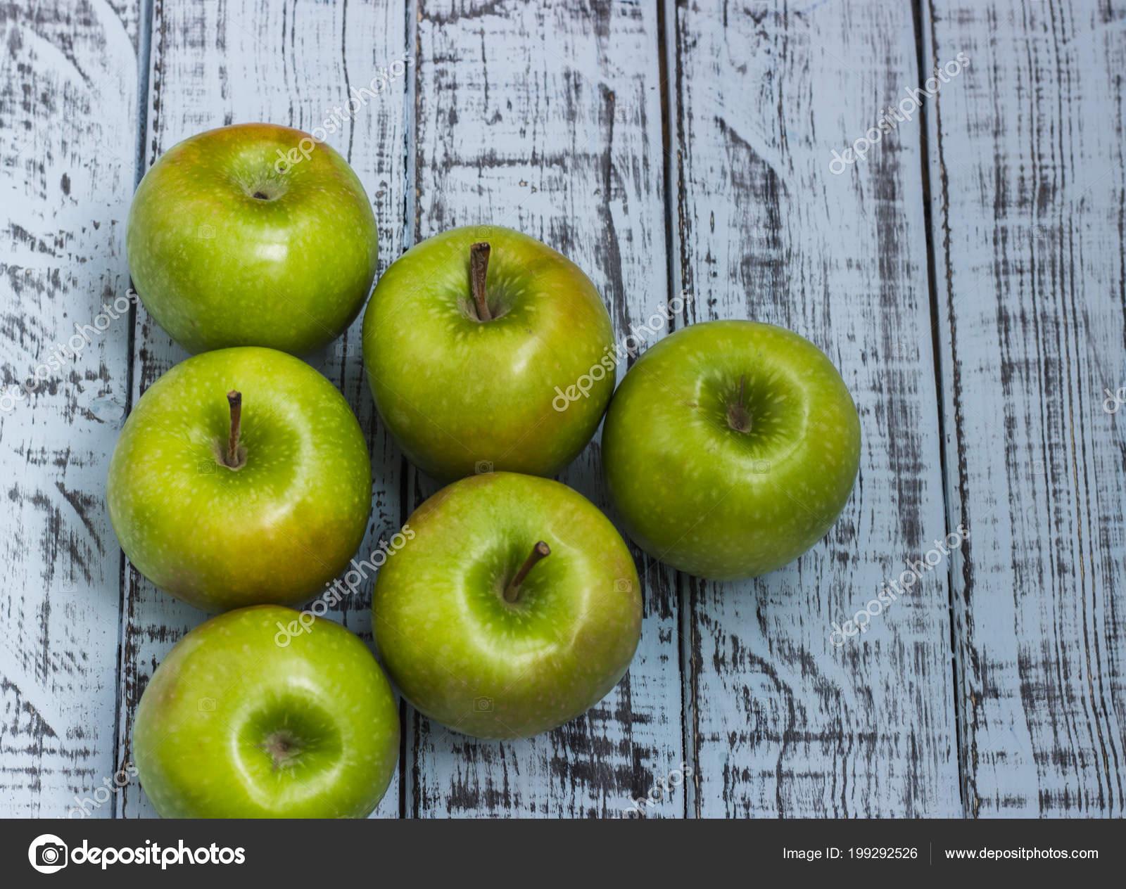 Диета на яблоках, диеты для похудения на зеленых яблоках.