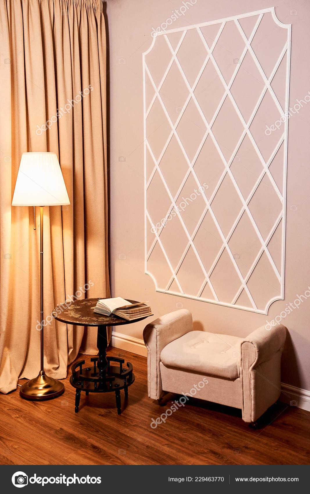 Beautiful Modern Living Room White Armchair Floor Lamp ...