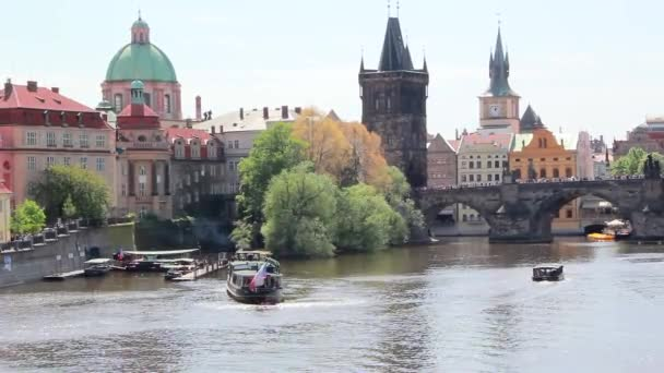 Zobrazení na šířku z Prahy s The Charles Bridge, Česká republika