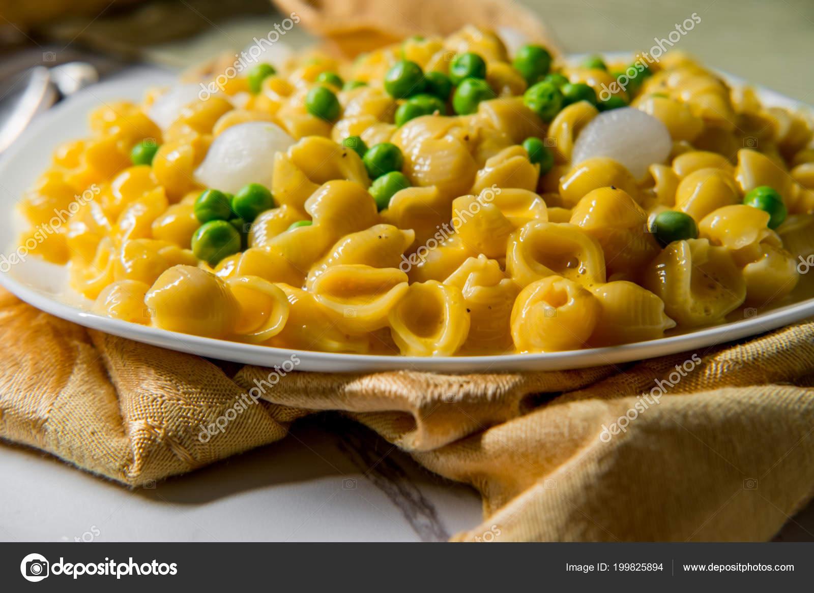 Makarna peynir