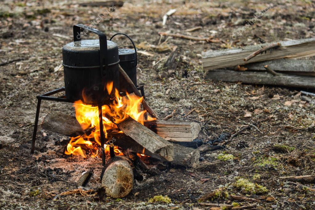 A rest on the nature. A bonfire, a bowler. Cooked at the stake