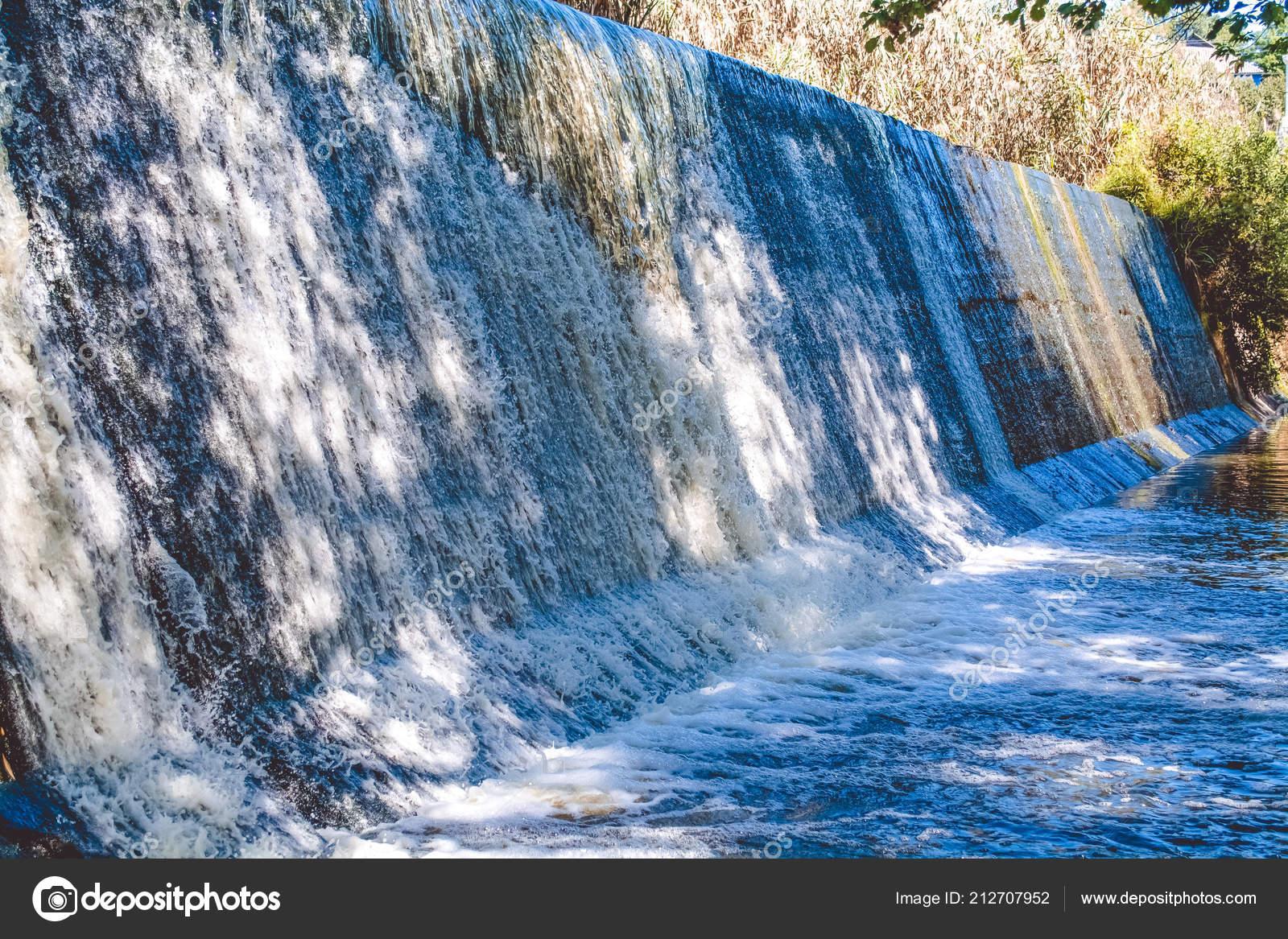 Wasserfall Eine Wand Aus Wasser Natur Wasser Stockfoto