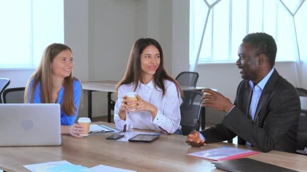 Coffee break of multi cultural meeting
