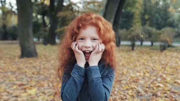 Милая рыжая девушка видео — pic 13