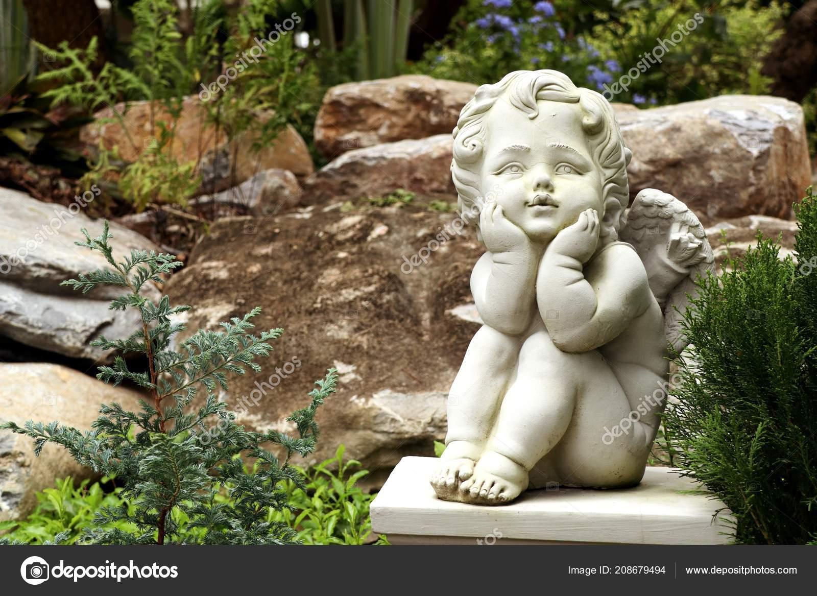 Vintage Sculpture Garden Decoration — Stock Photo © oilslo #208679494