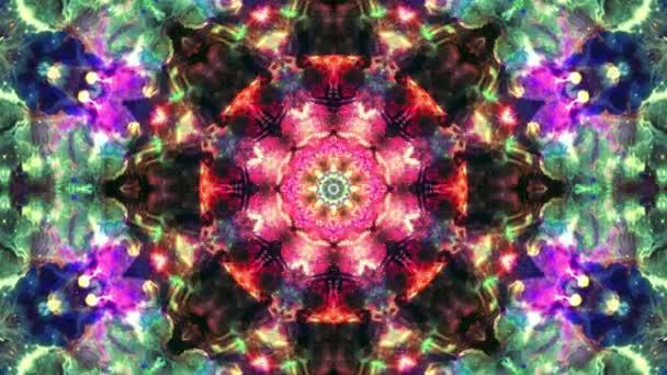 Színes rózsaszín piros karácsony absztrakt virág felvételeket fraktál animáció. 4k varrat nélküli hurok. Geometriai grunge kaleidoszkóp a szekvenciával mintákat. Szép karácsonyi ünnepeket háttér.