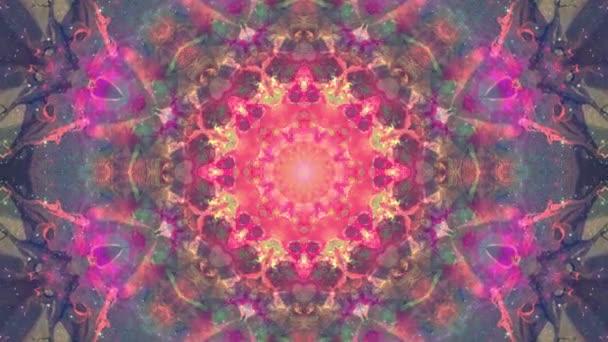 Színes rózsaszín lila karácsony absztrakt virág felvételeket fraktál animáció. 4k varrat nélküli hurok. Geometriai grunge kaleidoszkóp a szekvenciával mintákat. Szép karácsonyi ünnepeket háttér.