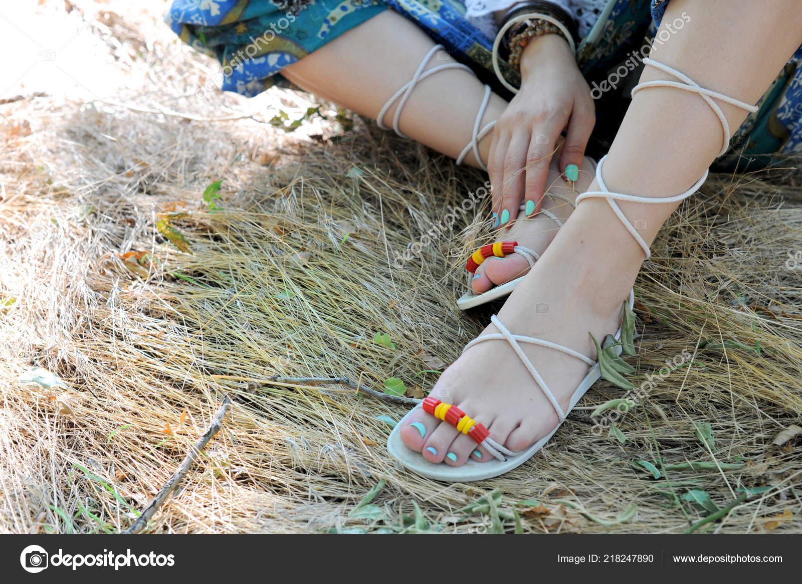 Sur Jambes Artisanales Femme Une Plan Gros Sandales Bleu Pédicure wm0PnyvN8O