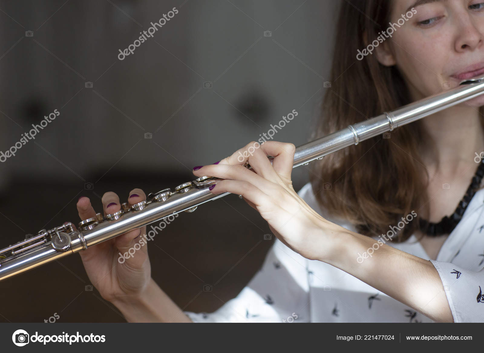 Beautiful Woman Posing While Playing Flute Flute Hands Girl Concert