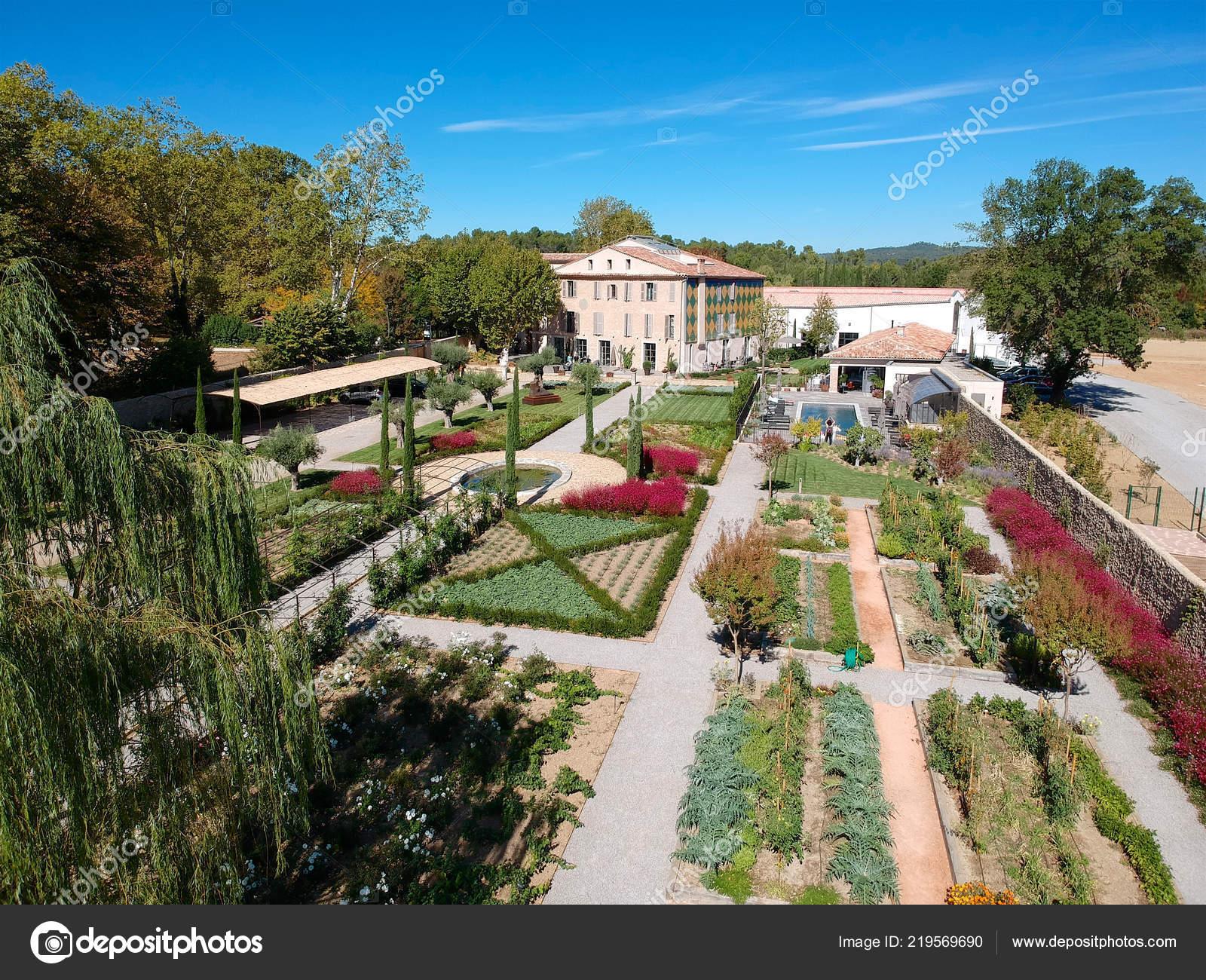 Vista Aérea Hermosa Villa Domaine Jardín Sur Francia