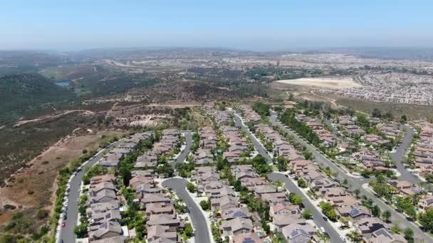 Luftaufnahme von Torrey Santa Fe, Mittelklasse-Viertel mit Wohnvillen