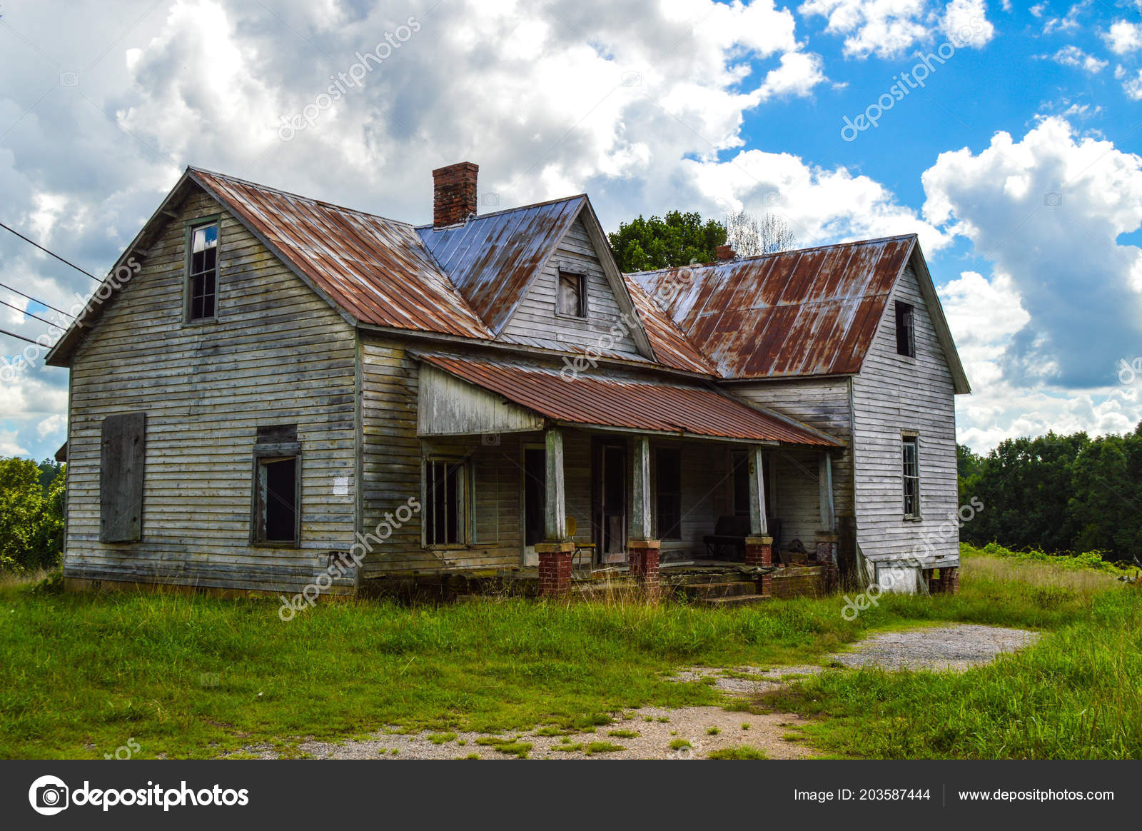 Old Abandoned Farm House Rusted Tin Roof — Stock Photo