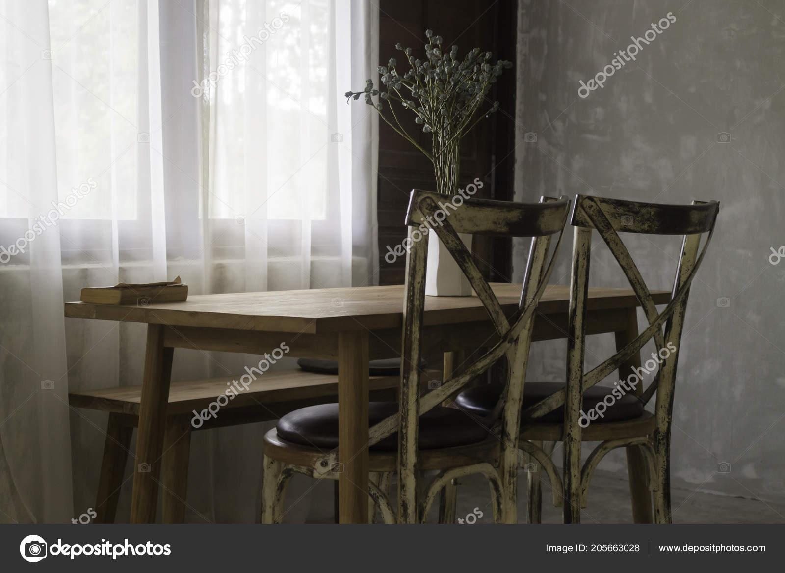 Estilo Vintage Madera Comedor Sistema Los Muebles Foto Stock — Foto ...
