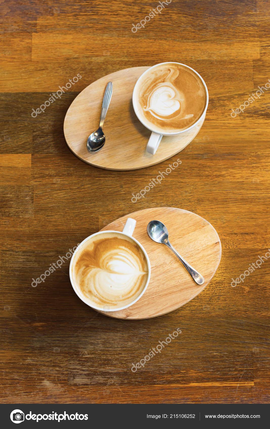 Dos Tazas Café Decorada Imagen Corazón Vista Superior