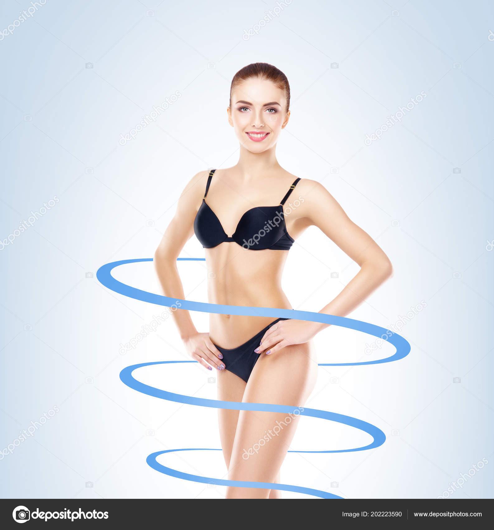eroticheskiy-film-hudenkie-devushki-v-kupalnikah-popki-foto-sverhu