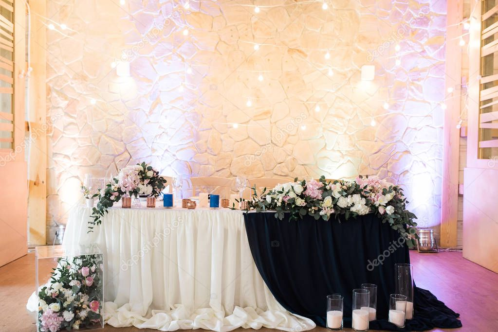 Magnificent decoration of wedding tables.