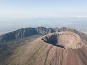 Fotografia aerial view of beautiful mount vesuvius, Naples in Campania, Italy