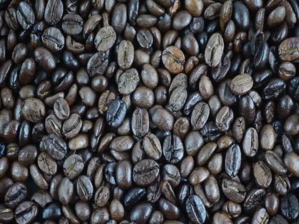 Großaufnahme Viele geröstete Kaffeebohnen sind trinkfertig, Food concept Top view.