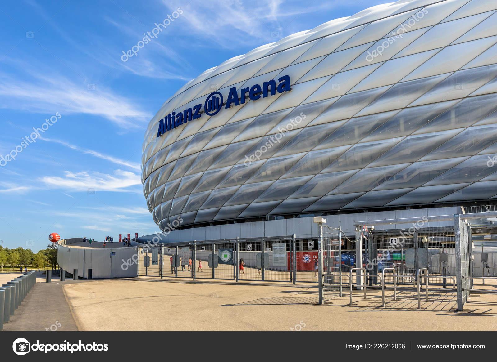 München Deutschland August 2017 Eingang Zum Stadion Allianz