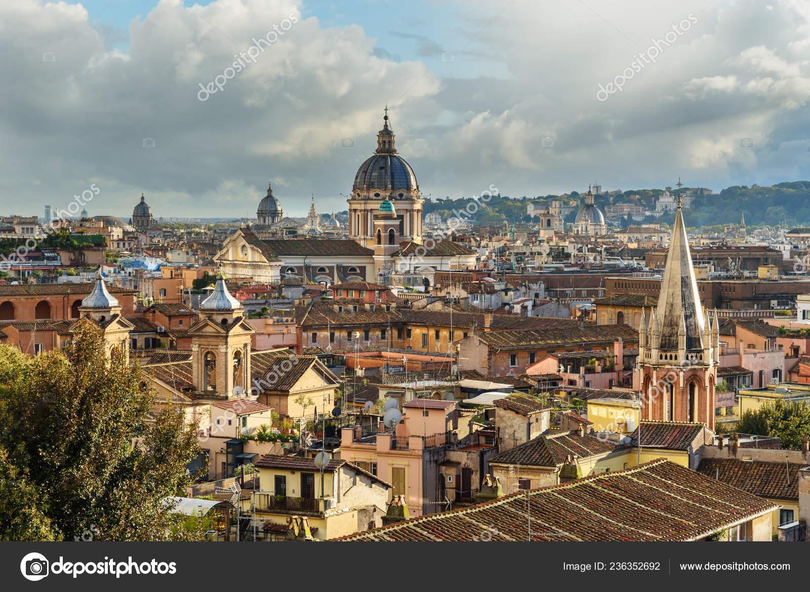 Vista Sulla Città Roma Dalla Terrazza Viale Del Belvedere