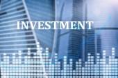 Investice, ROI, koncept finančního trhu. Data města Megapolis