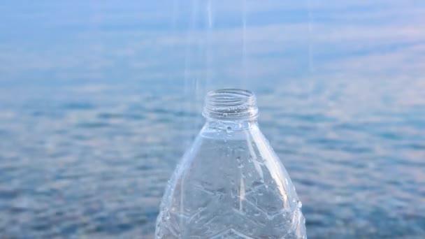 Vízhiány és éghajlatváltozás. Emberi egészség és ivóvíz. Puha forrásvíz háttér. Ásványvíz háttér. Az ivóvíz hiánya a földön. Olvadt víz koncepció. Víztisztítás