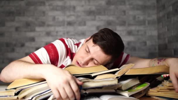 Ember hallgató-val sok könyv előkészítő részére vizsga, elaludt-on könyv