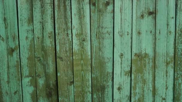 Green Mint bemalte Holzbrettstruktur und Hintergrund. Grüne Minze natürlichen Holzhintergrund. Gealterte Holzbohlen im Muster. Holzoberfläche. Horizontale Holzstruktur. Grüne Minzholzscheune. Grüne Minzfarbe