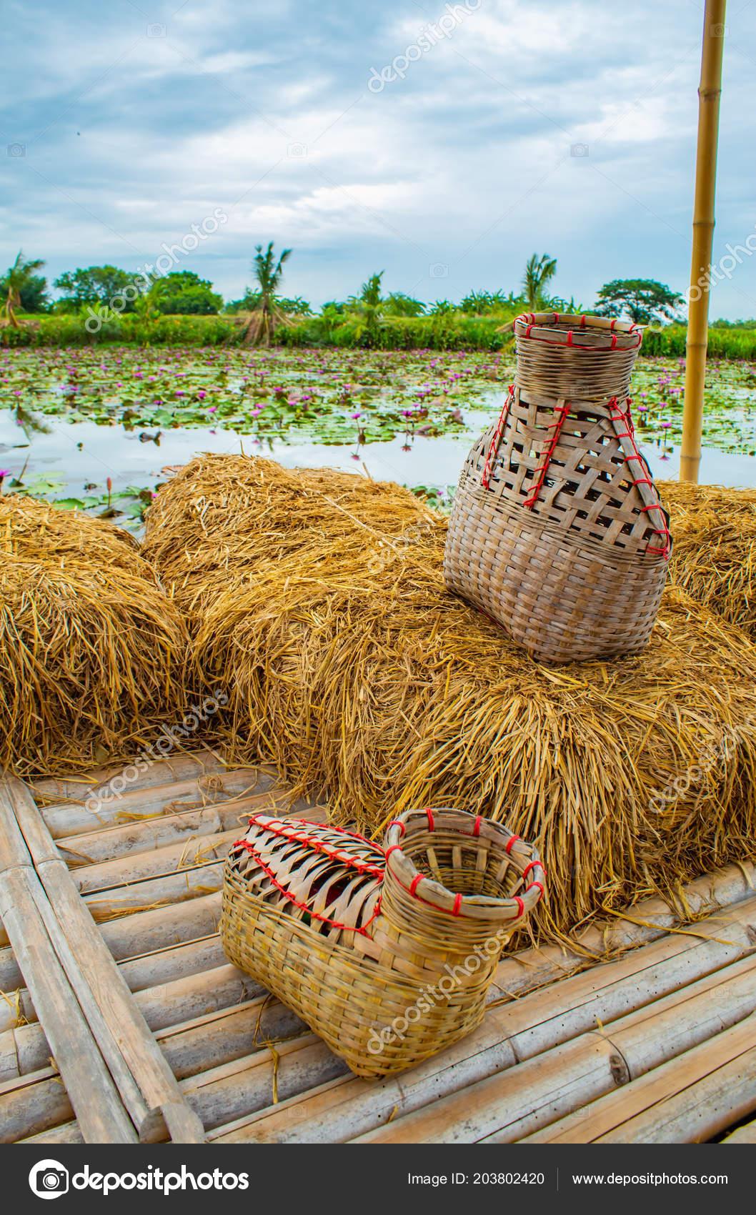 creel pêche panier bambou mettre poisson sur balcon paille riz