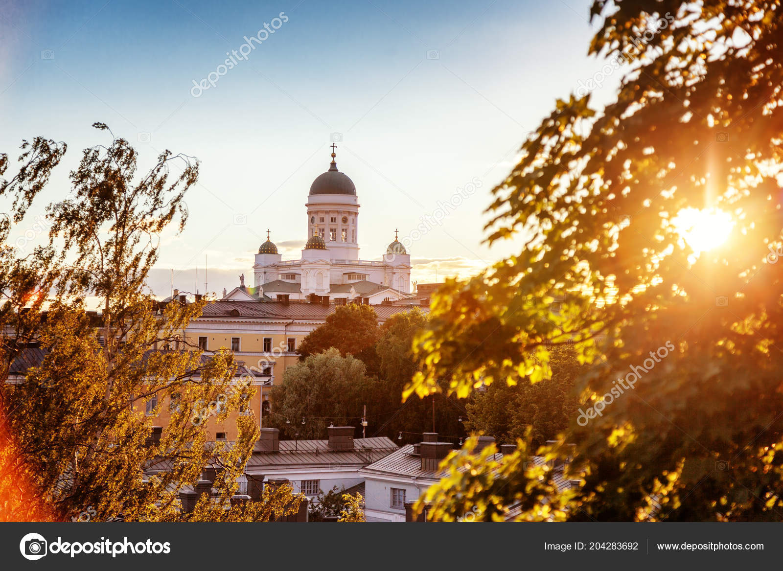 b15ea6b9537 View Central Cathedral Helsinki Finland Sunset Beautiful City Landscape —  Stock Photo