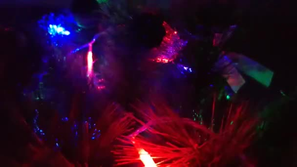 Vánoční dekorace. Vánoční strom a hračky detail pozadí