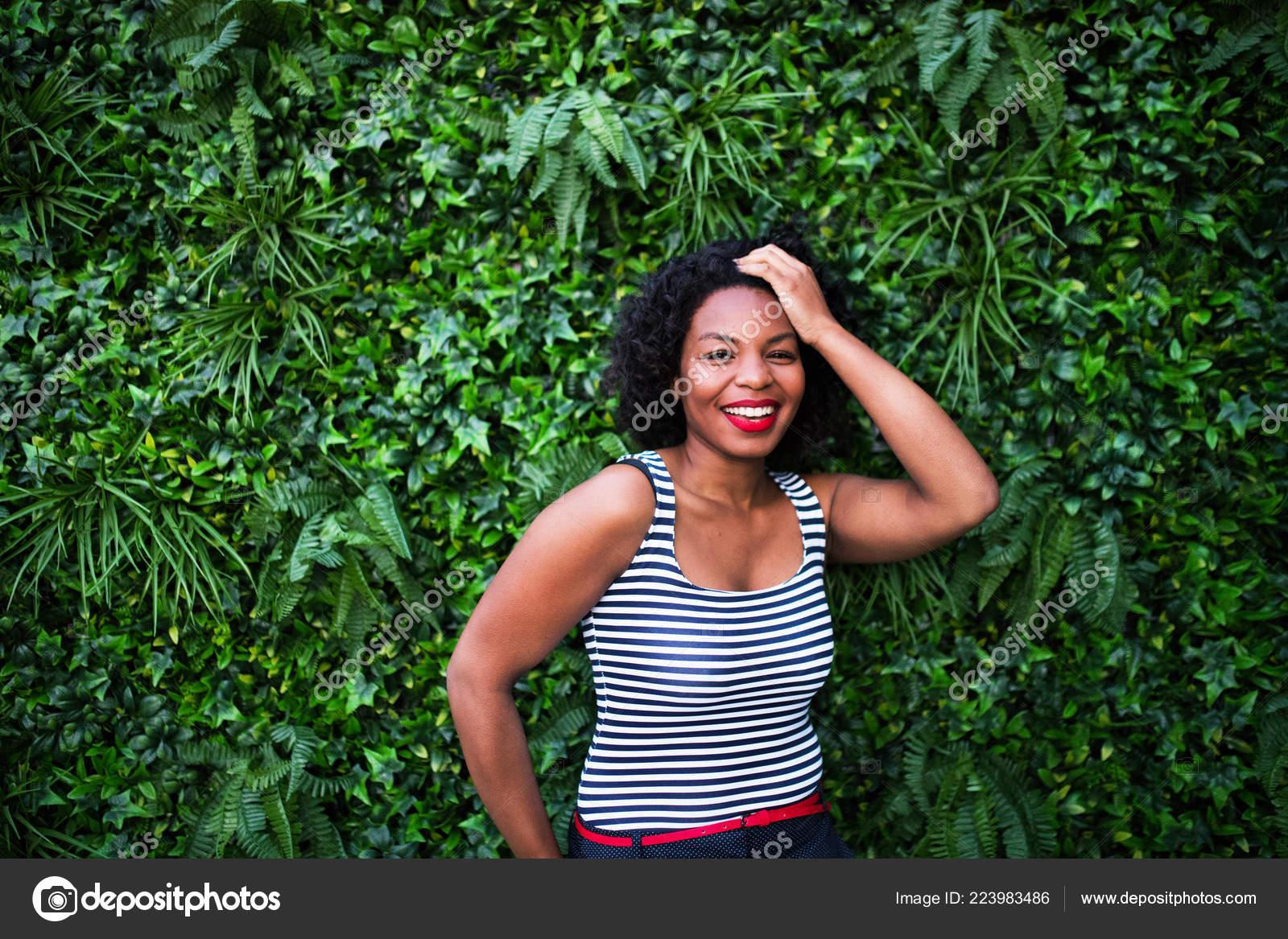 Φωτογραφίες της μαύρης γυναίκας