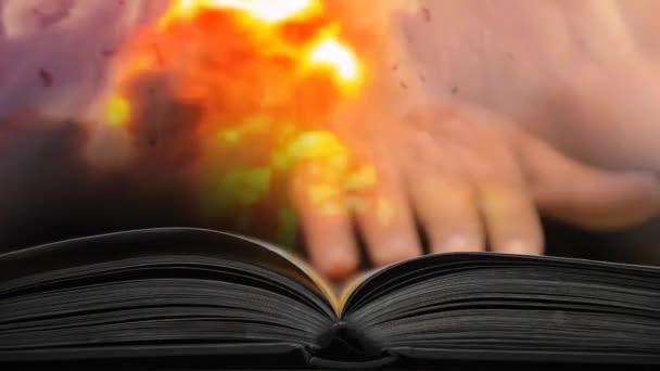 das Buch des Leidens und des Krieges. Lesen Sie ein Buch über den Krieg 62