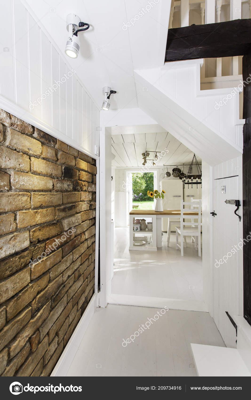 Scale A Muro Per Interni.Interni Appartamento Fantasia Scale Muro Hood Foto Stock
