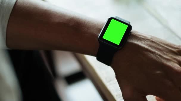 Green Screen Smartwatch Zoom
