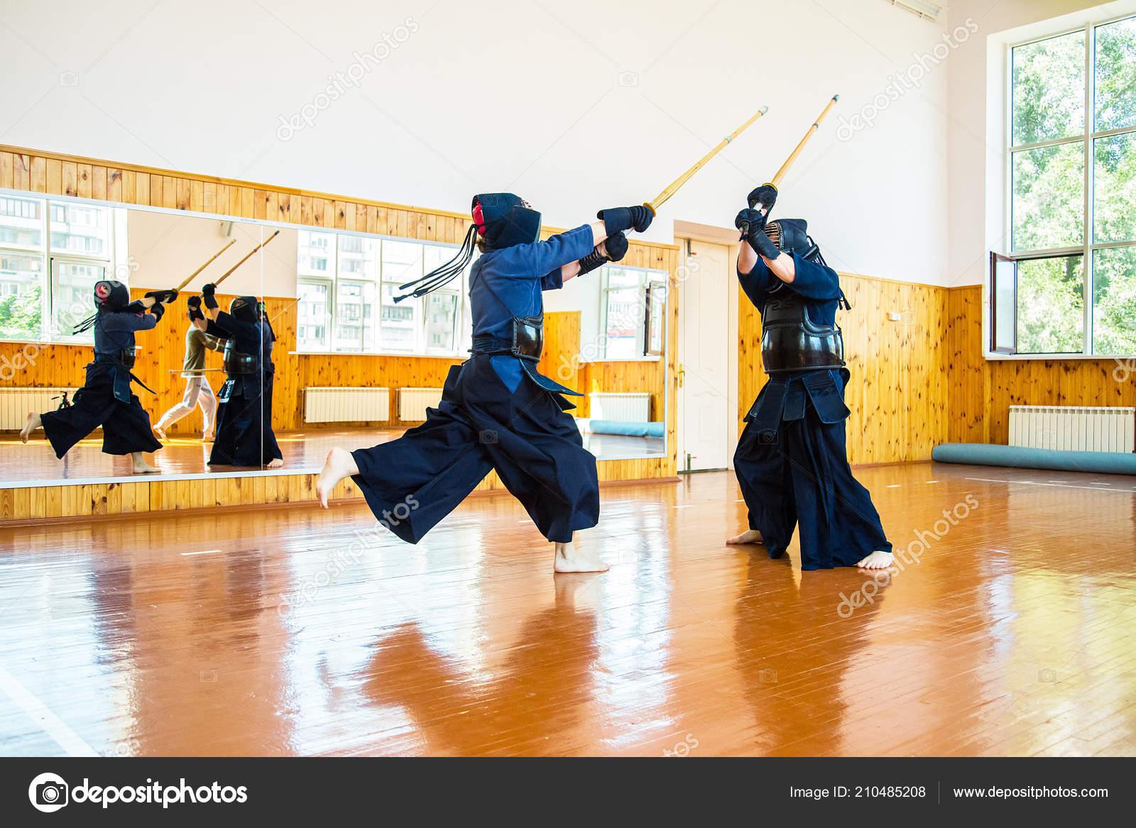 Japanese martial art of sword fighting  Sport  — Stock Photo