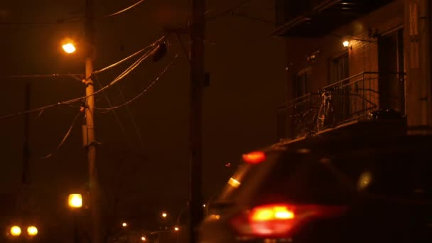 Nachtleben in Longueuils Straßen