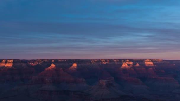 Krásný růžový západ slunce nad Grand Canyon krajinu, Arizona Usa