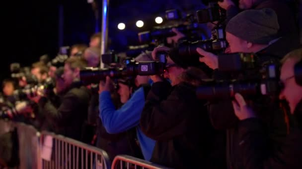 Paparazzi Fotografen Kameras blinken am roten Teppich Celebrity