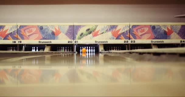 Bowling poblíž stávku v kuželně Hollywood