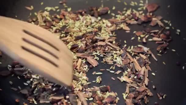 spice mortar grind mix food