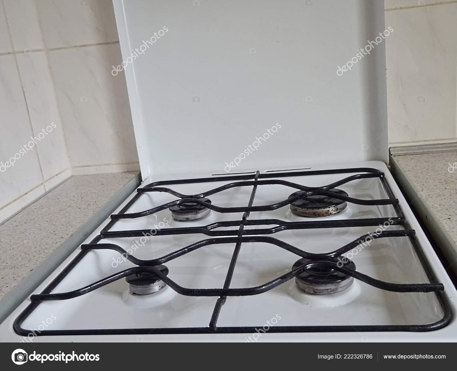 White Color Opened Gas Stove Cooking Syn Gas Natural Gas