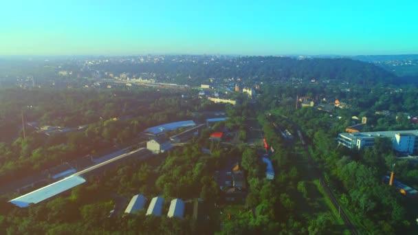 Külvárosi légi felvételek. 4k panorámakép