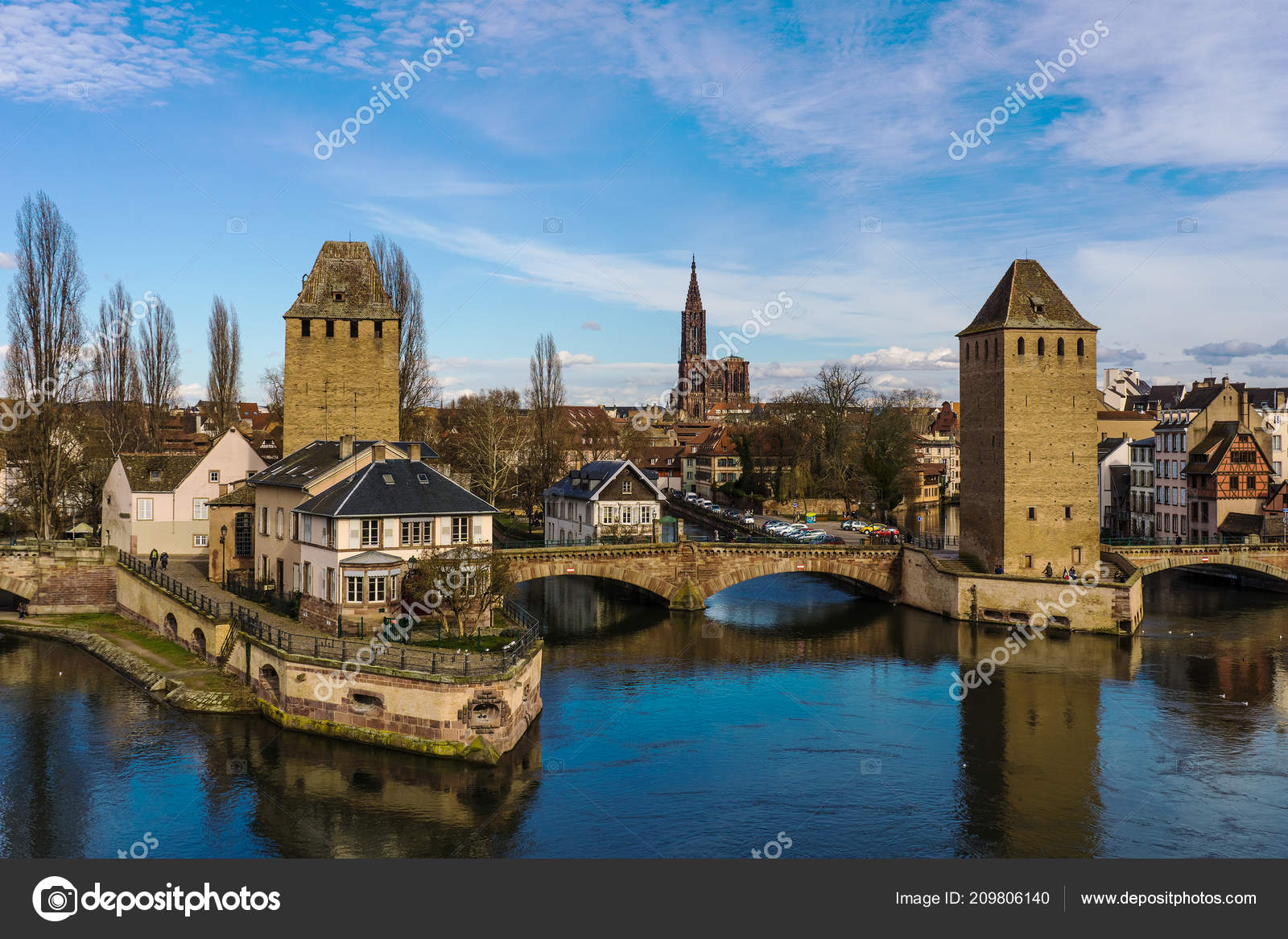 Cityscape Strasbourg Covered Bridges Its Medieval Cathedral