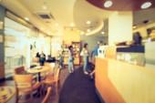 Abstraktní rozostření restaurace a kavárna café interiér pro pozadí