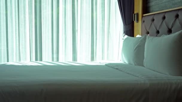 Aufnahmen des Luxus-Interieurs des Hotelzimmers