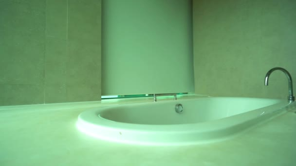 felvétel a luxus fürdőszoba modern apartman belső
