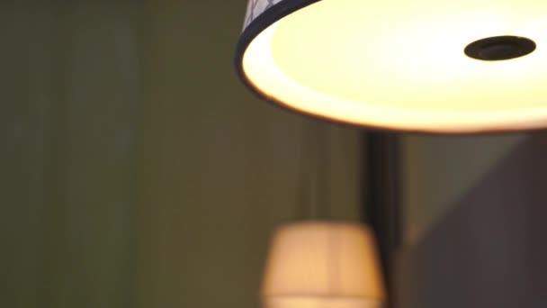 Filmaufnahmen vom luxuriösen Interieur des Hotelzimmers