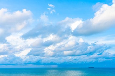 Beautiful panoramic landscape or seascape ocean with white cloud